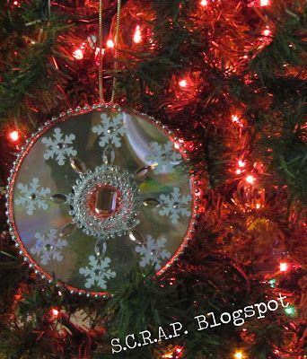 ~ S.C.R.A.P. ~ Scraps Creatively Reused and Recycled Art Projects: Recycled CD Christmas Tree Ornaments #recycledcd ~ S.C.R.A.P. ~ Scraps Creatively Reused and Recycled Art Projects: Recycled CD Christmas Tree Ornaments #recycledcd