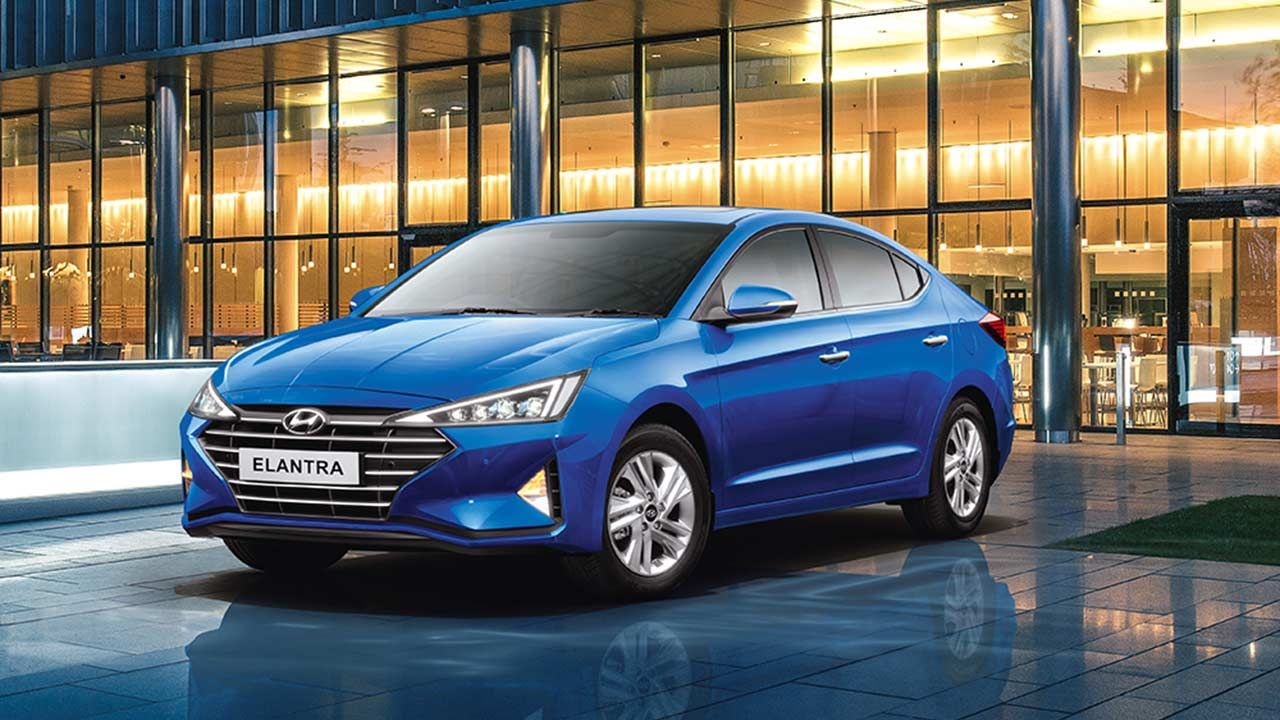 2019 Hyundai Elantra Priced at INR 15.89 Lakh in India