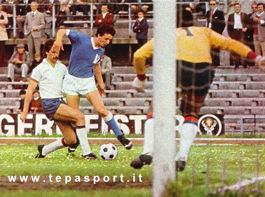 Tantissimi auguri al mitico Evaristo Beccalossi  (Brescia, 12 maggio 1956)  ⚽️ C'ero anch'io ... http://www.tepasport.it/ 🇮🇹 Made in Italy dal 1952