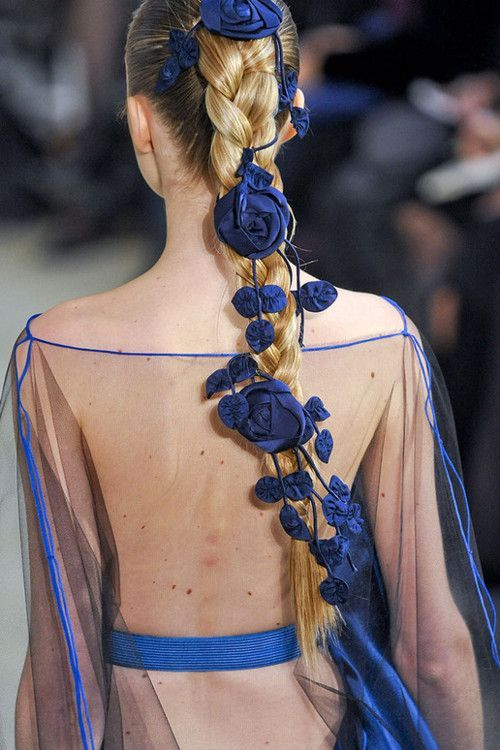 skaodi: Alexis Mabille Haute Couture Spring 2011 details.