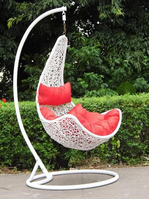 Steel Rattan Hanging Chair,Maple Shape Size:132*80*70cm Ground