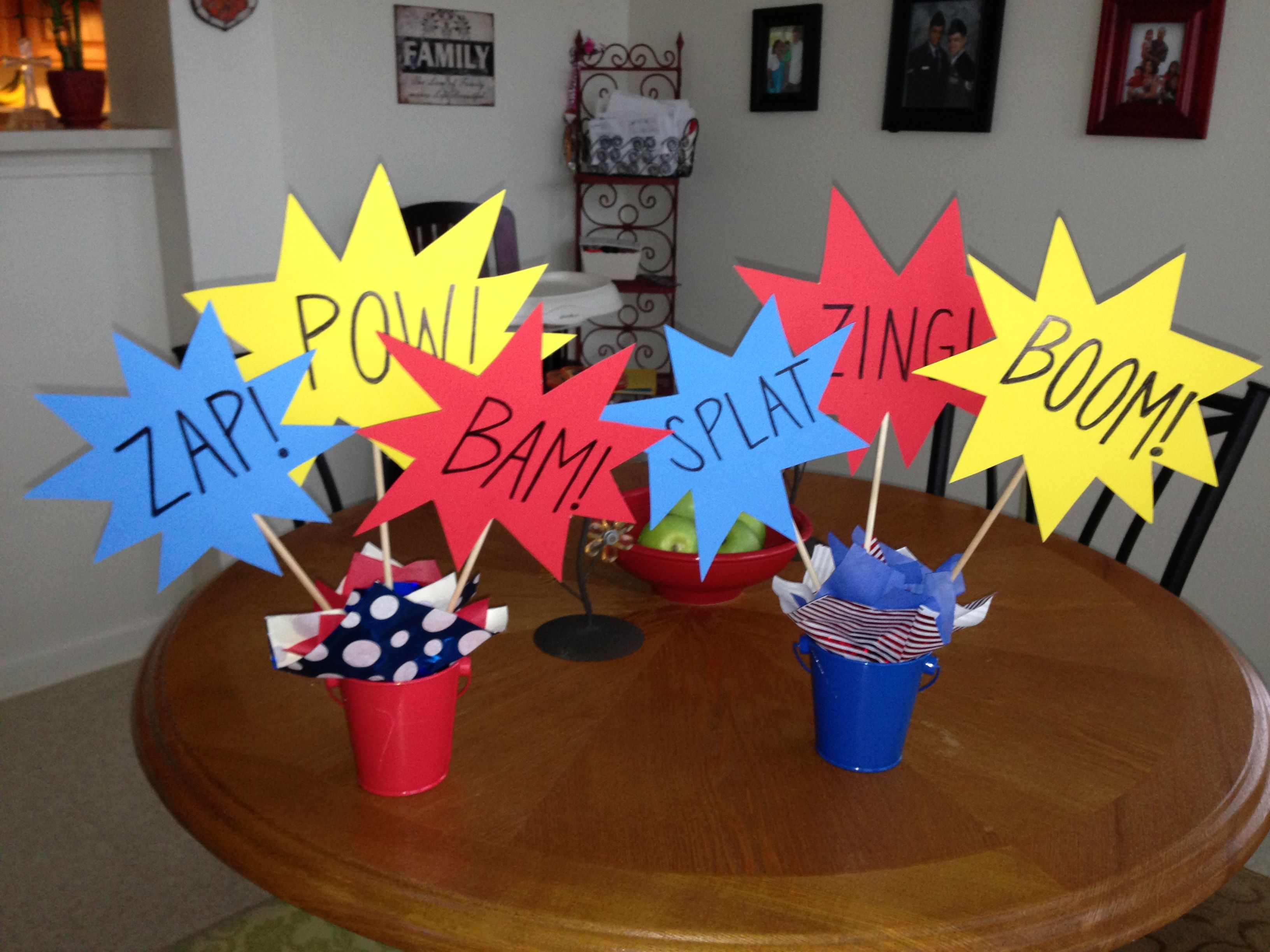 Centerpieces for the spider man party spider man for Spiderman decorations
