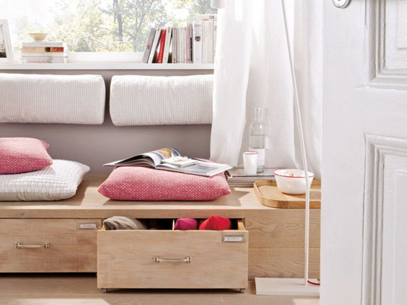 Schönes Podest für die Kuschelecke zum entspannen und träumen DIY