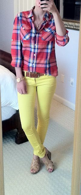 cute color combo, love yellow pants