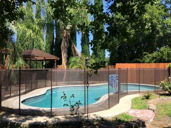 Houston-Based Katchakid Pool Fence Company Shares Pool Fencing
