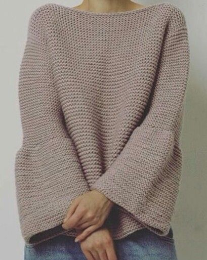 Knitted bell sleeves