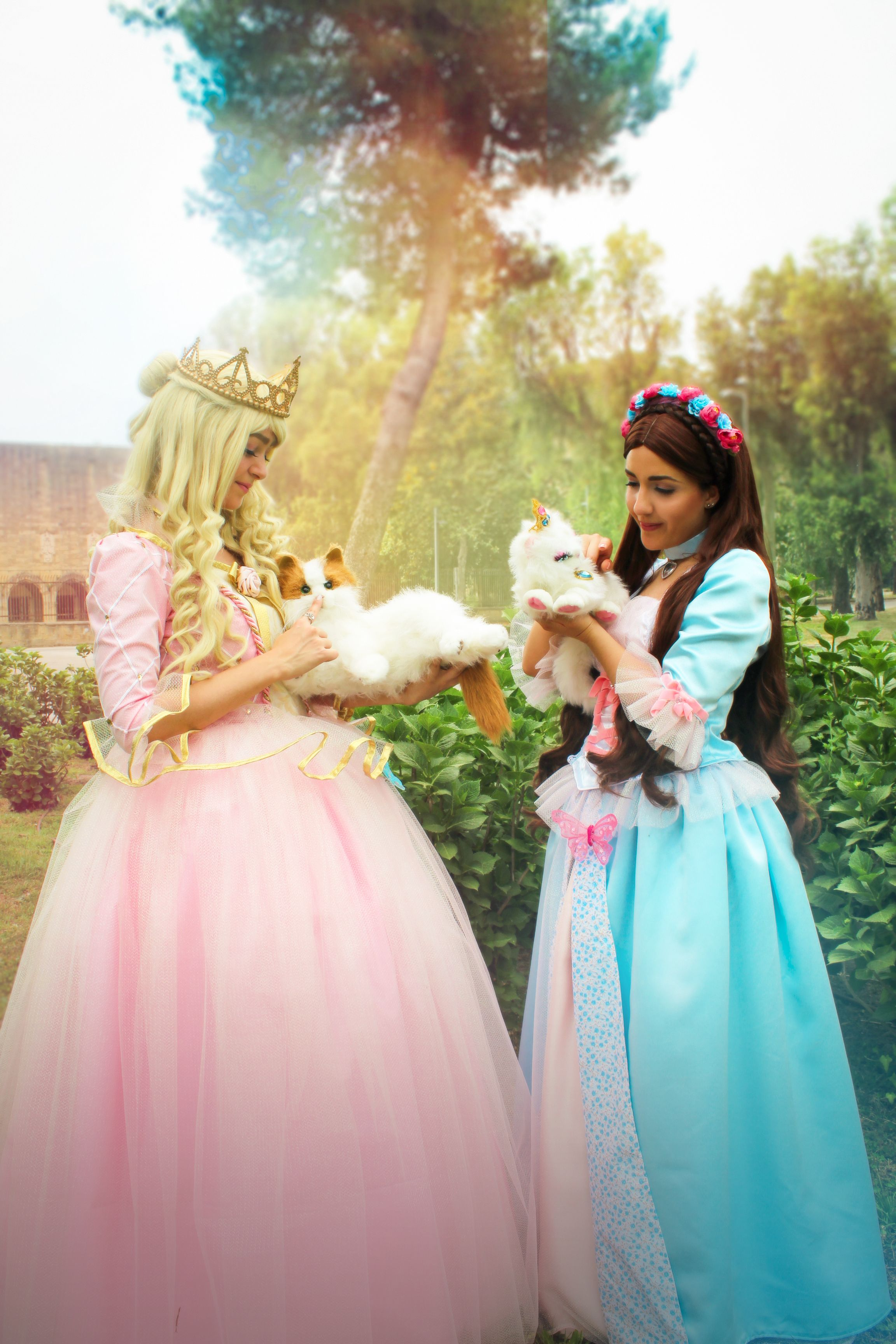 Erika And Anneliese Cosplayers Aishiteru Cosplay And Aurora