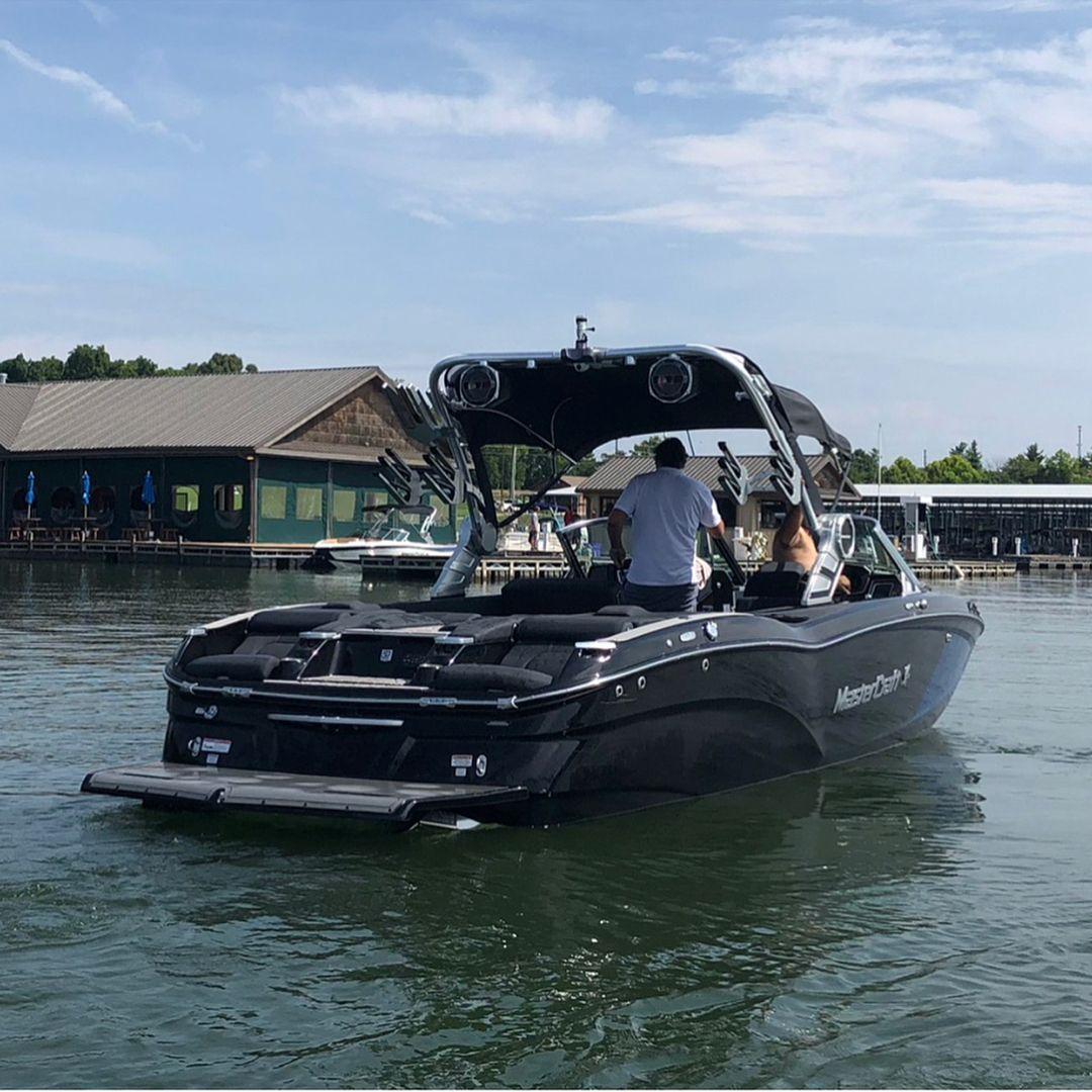 Tanksfilled On Instagram All New Mastercraft X24 Tanksfilled Mcboatcompany Boathousemarinetrilakes Wakeboard Boats Mastercraft Boat Jet Boats