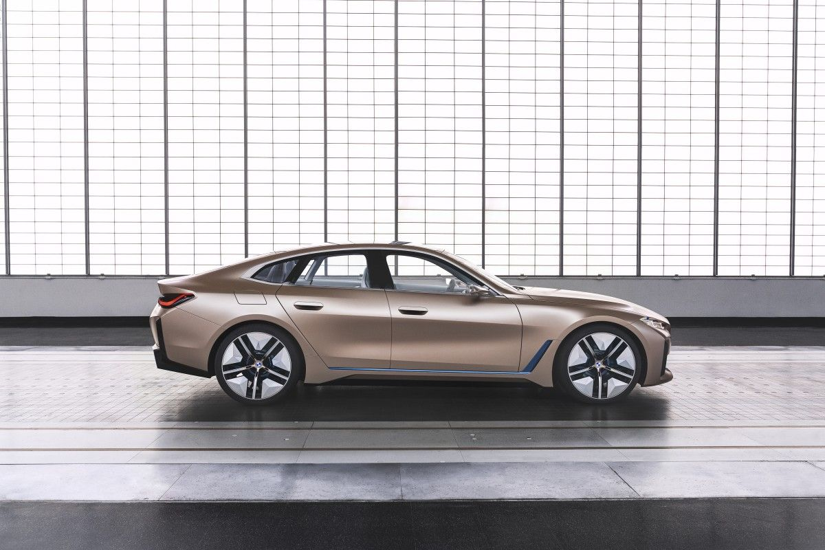 Bmw Reveals Near Production Concept I4 Electric Gran Coupe In 2020 Bmw Concept Bmw Gran Coupe