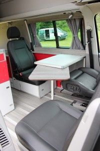 Umbau VW T5 Bus zum Reisemobil mit Fussbodenheizung