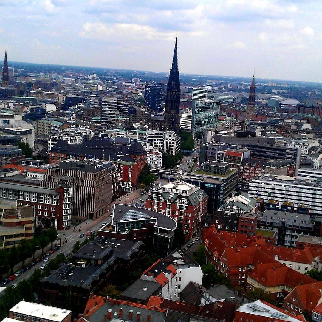 Hamburg  landschaft  landschaftsfotografie  landscape  landscapephotography  nikon  nikond850  nikkor  nikkor2470  nikkor24_70mm  instagood  foto  fot…