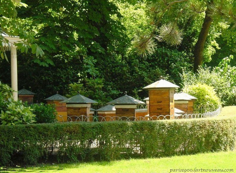 les ruches pavillon de l 39 apiculture jardin du luxembourg paris france avoir une ruche chez. Black Bedroom Furniture Sets. Home Design Ideas
