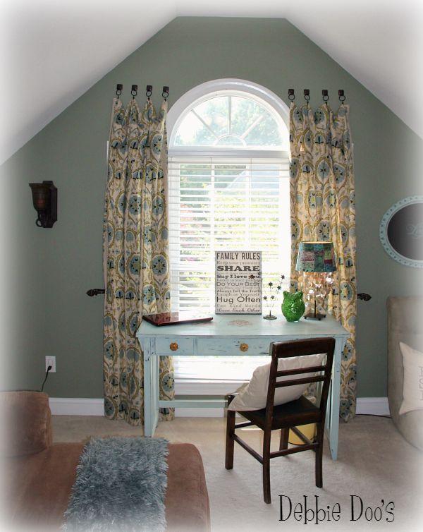 a no hassle way of hanging curtains no rods no holes no fuss