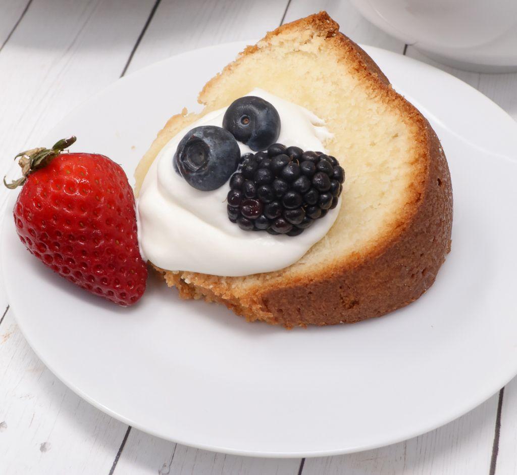 Southern Sour Cream Pound Cake Divas Can Cook Sour Cream Pound Cake Homemade Sour Cream Pound Cake Recipes