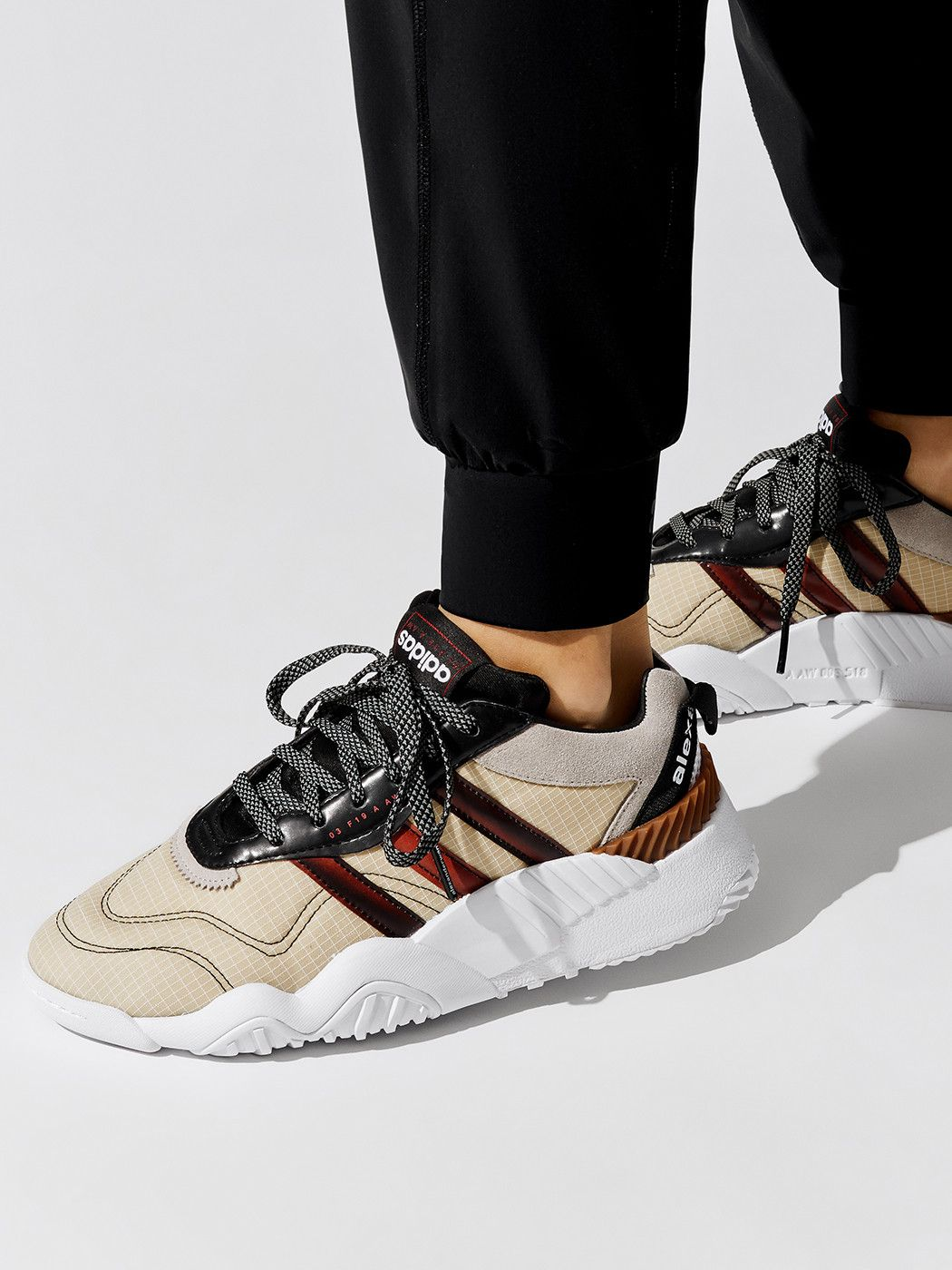 adidas aw turnout trainer on feet