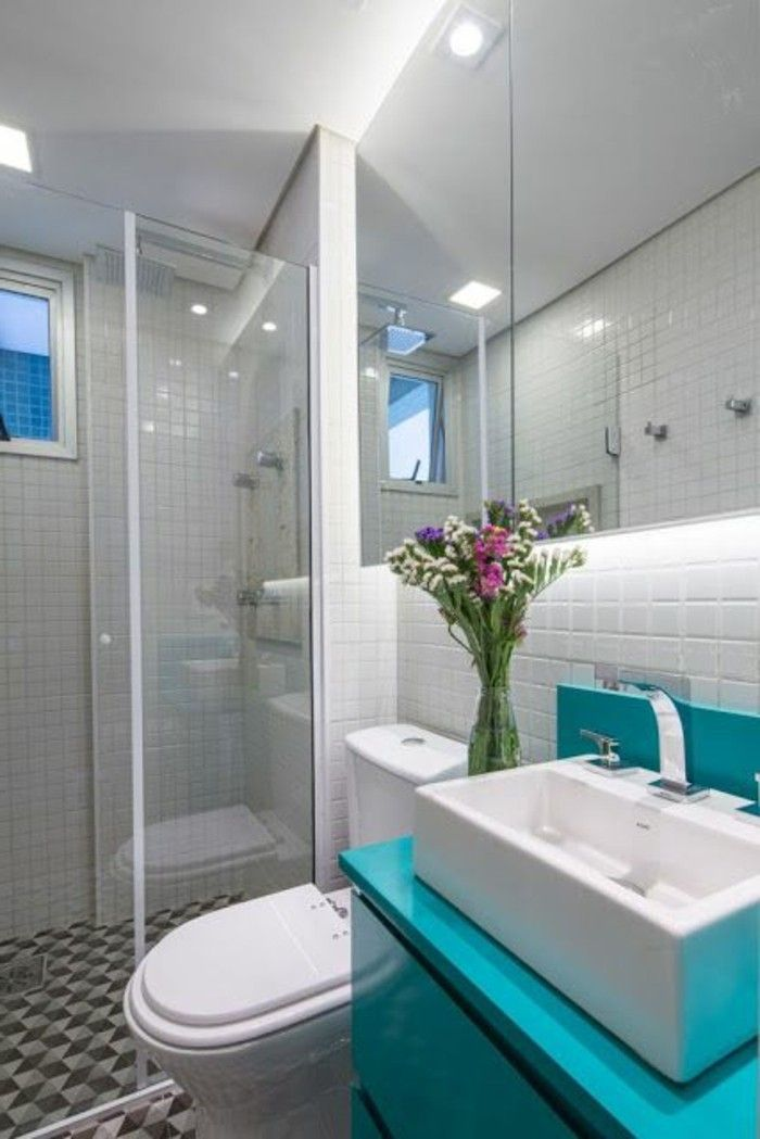 badezimmer deko baddesign badezimmer in weis und blau blumen - badezimmer weis