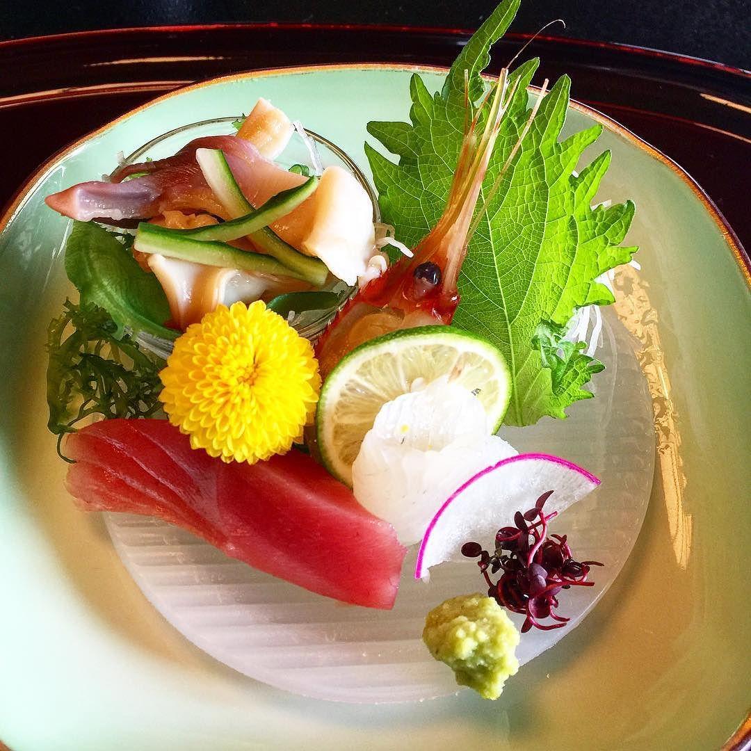 #懐石 #函館 #お造り #kaiseki #sashimi #hokkigai #maguro #hirame #botanebi #japanesefood #food #foodporn #foodpics #foodgasm #foodie #foodstagram #fresh #michelinstar #yummy by squeezy824