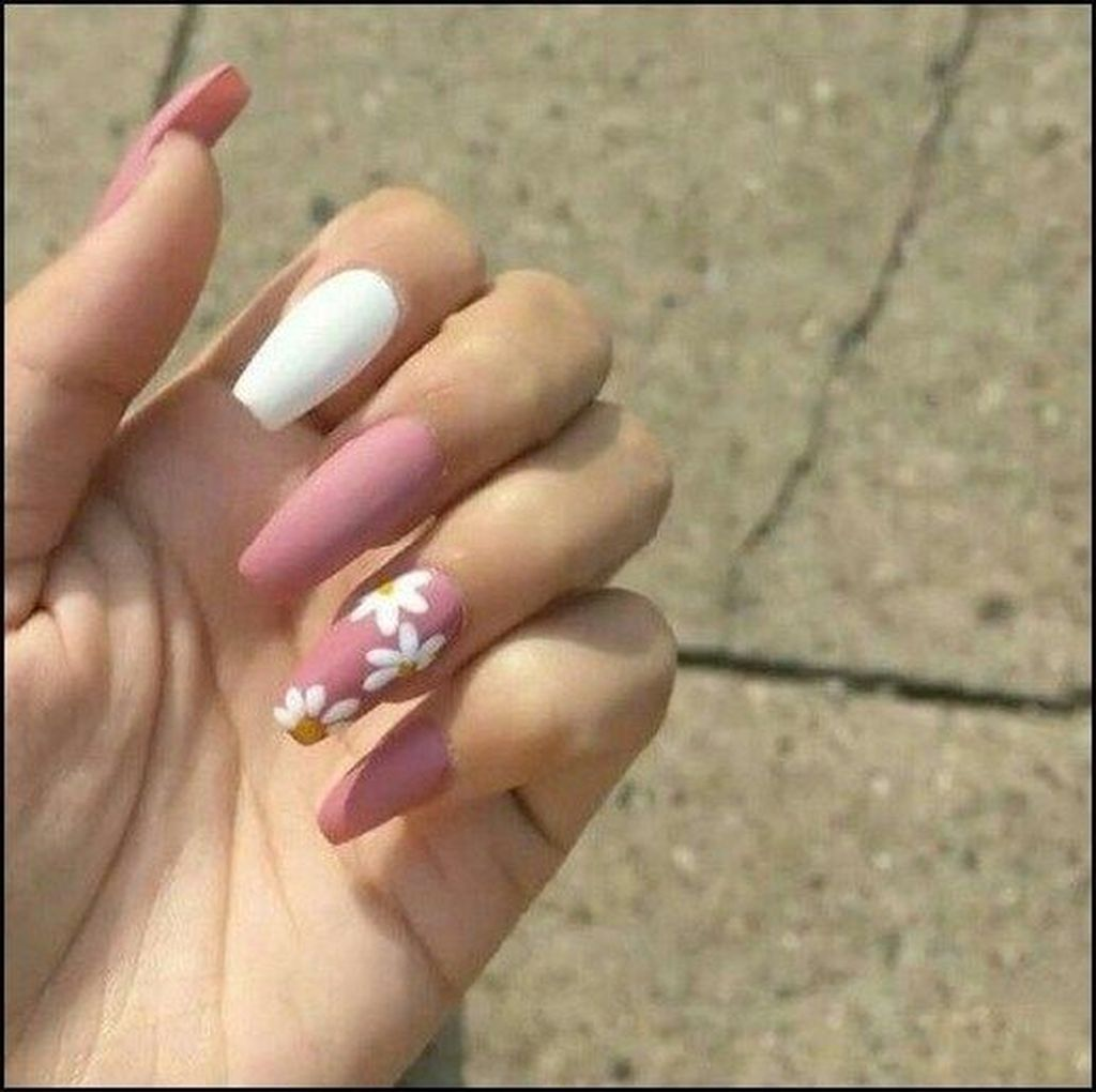 30 Casual Acrylic Nail Art Designs Ideas To Fascinate Your Admirers Dream Nails White Nail Art Summer Acrylic Nails