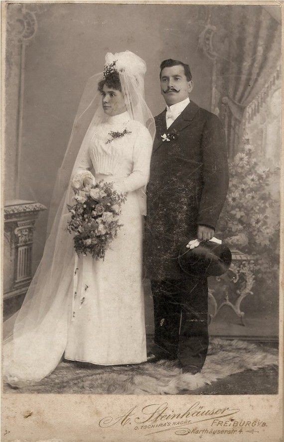 1800s Wedding Photo | Cool Old Portraits | Vintage groom ...