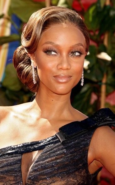 Tyra Banks Chignon Gatsby Hair Gatsby Wedding Hair Hair Styles