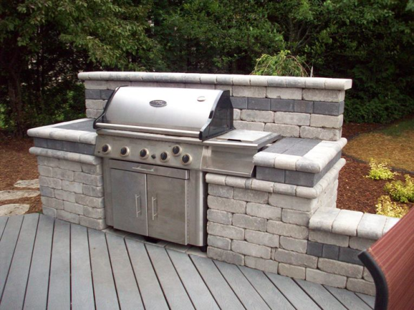 Building A Beautiful Bbq Area With Stone Outdoor Kitchen Grill Outdoor Grill Area Outdoor Grill Station