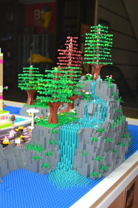 Coolest Lego Waterfall Ever Lego Creations Pinterest Lego