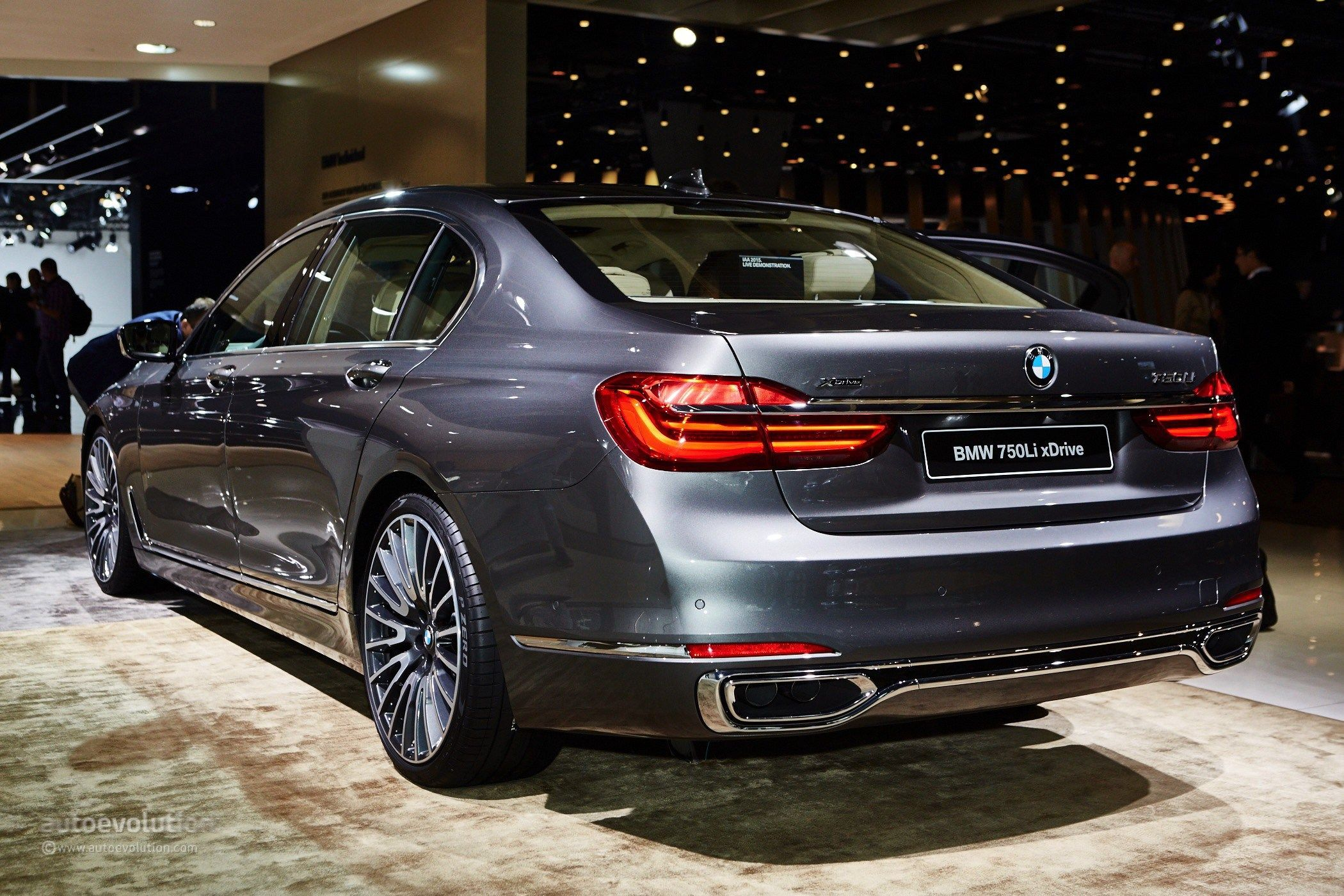 7 New Luxury Cars Coming Out For 2016: BMW 7 Series 2016
