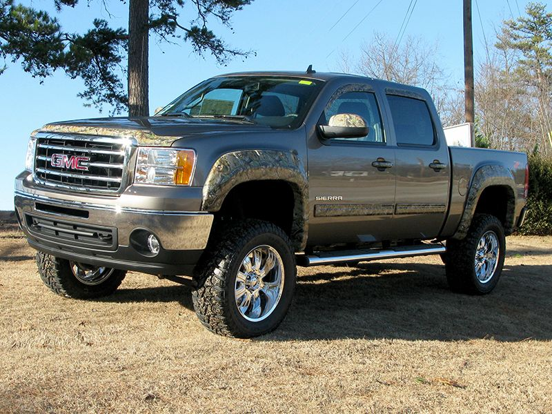 This Could Be The First 2014 Gmc Sierra With A Lift Kit Video With Images Gmc Trucks Sierra Custom Trucks Sierra Truck