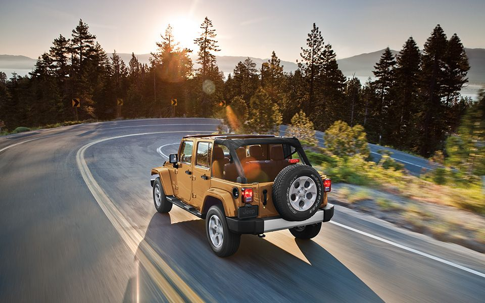 Jeep® Wrangler Unlimited Comes With A Wide Range Of Best In Class Safety  And Security Features Including Advanced Multistage Front Airbags ,  Available ...