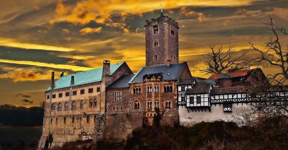 Die Wartburg 1000 Jahre Deutsche Geschichte Varta Freizeit Guide Burg Reisen Eisenach