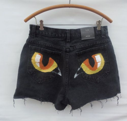 um yes, i'm going to paint eyes on my back pockets!