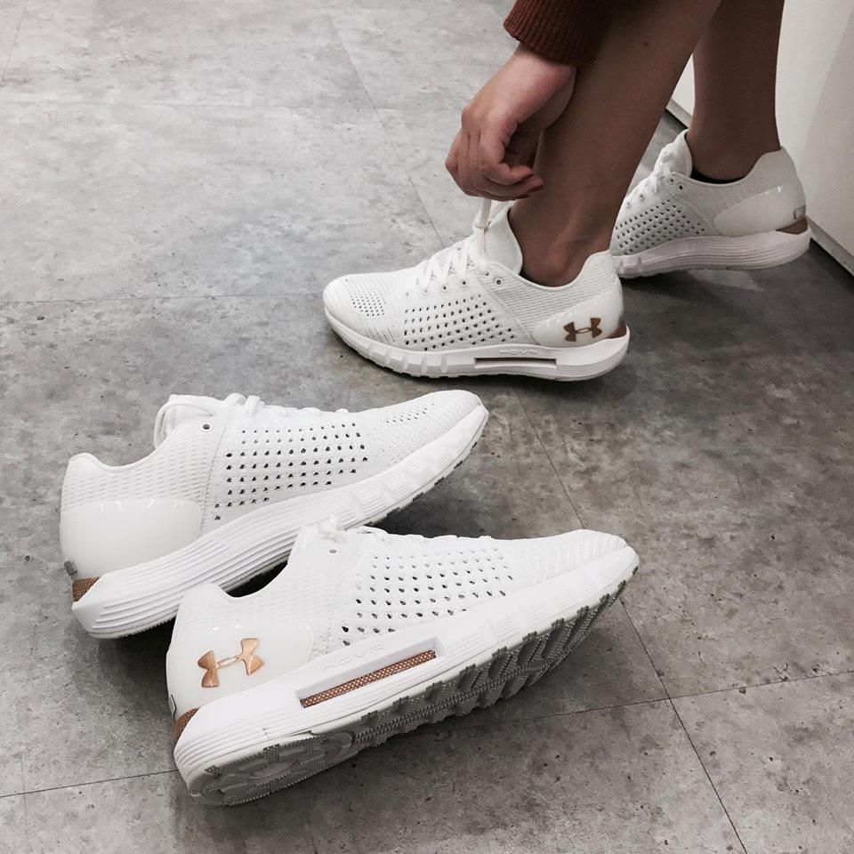 buy popular b8802 642b9 Image result for UNDER ARMOUR HOVR SONIC | Shoes | Under ...