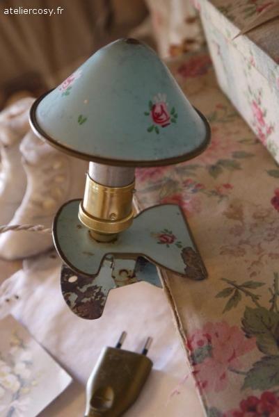 Petite Lampe Veilleuse Ancienne Brocante De Charme Atelier Cosy Fr Lampe Veilleuse Petite Lampe Lampe