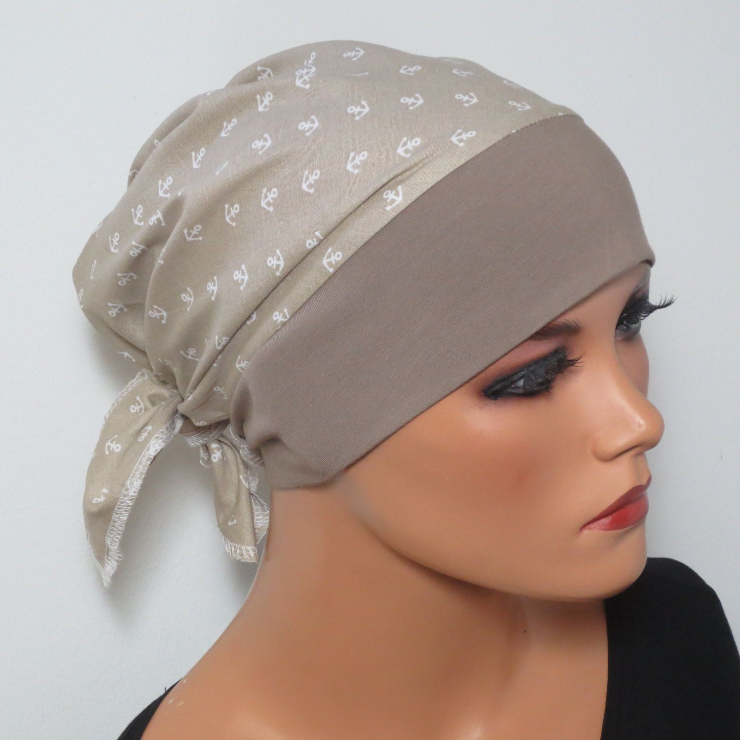 KOPTUCHMÜTZE/CHEMO Hat beige with small anchors almost comfortable ...