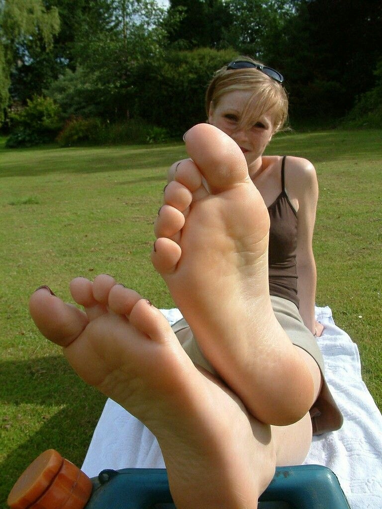 Foot fetish sites free
