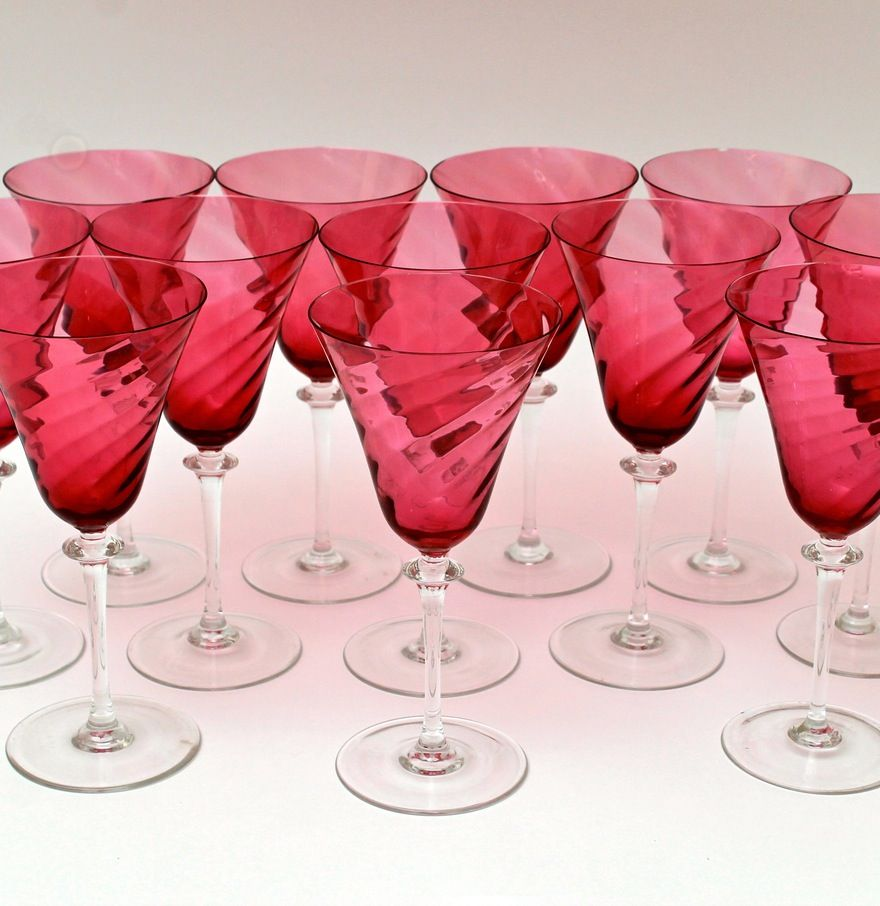 Vintage Set Of Twelve Crystal Cranberry Swirl Wine Glasses Crystal Wine Glasses Wine Glasses Swirl