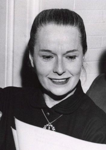 Louise brooks est la seule femme qui poss de le talent de transformer en chef d 39 oeuvre n - Qu est ce qui coupe l appetit ...