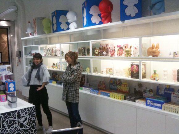 Kidrobot London Lighted Shelves