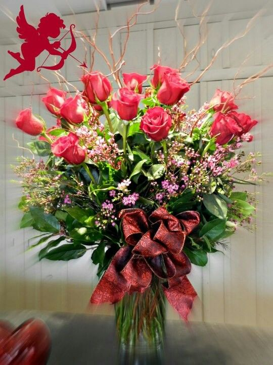 Beautiful Rose Arrangement For Valentine S Day Valentines Flowers Rose Arrangements Valentine Flower Arrangements