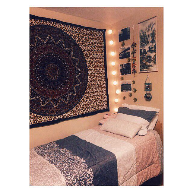 I really want a tapestry thing like this | Beds | Pinterest | In ...