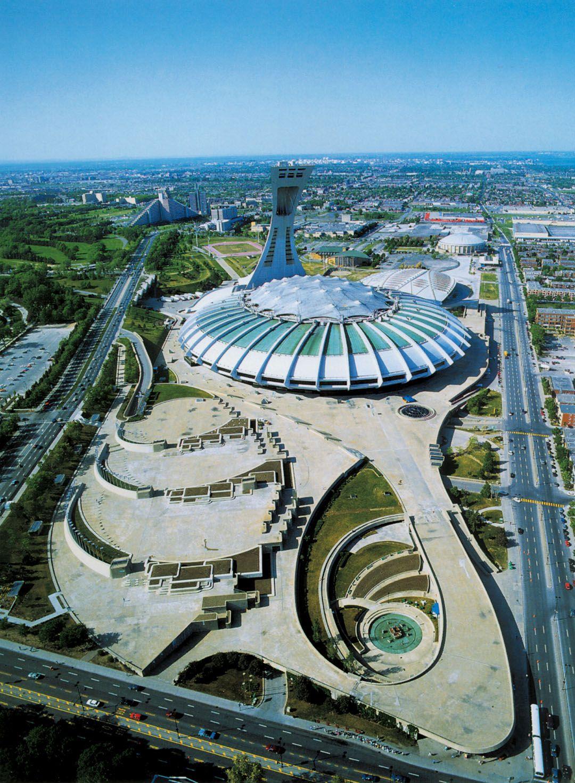 Stade Et Esplanade Est En Bas A Droite La Joute De Riopelle Olympic Stadium Montreal Canada Travel Montreal Canada
