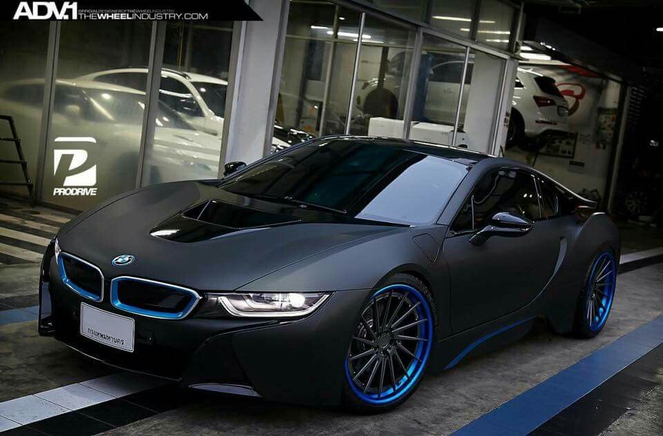 Captivating BMW I8 Matte Black
