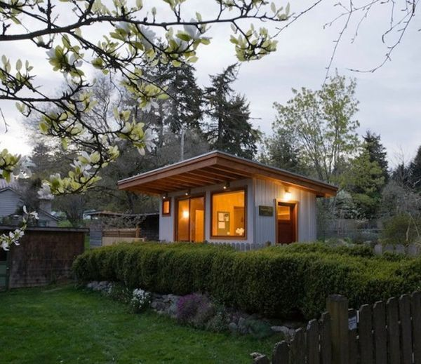 5 Micro Guest House Design Ideas Backyard Guest Houses Guest Cottage Tiny Guest House