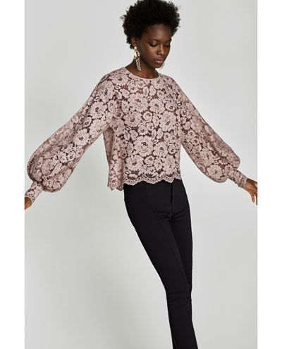 b57502135a Image 4 of FADED LACE T-SHIRT from Zara