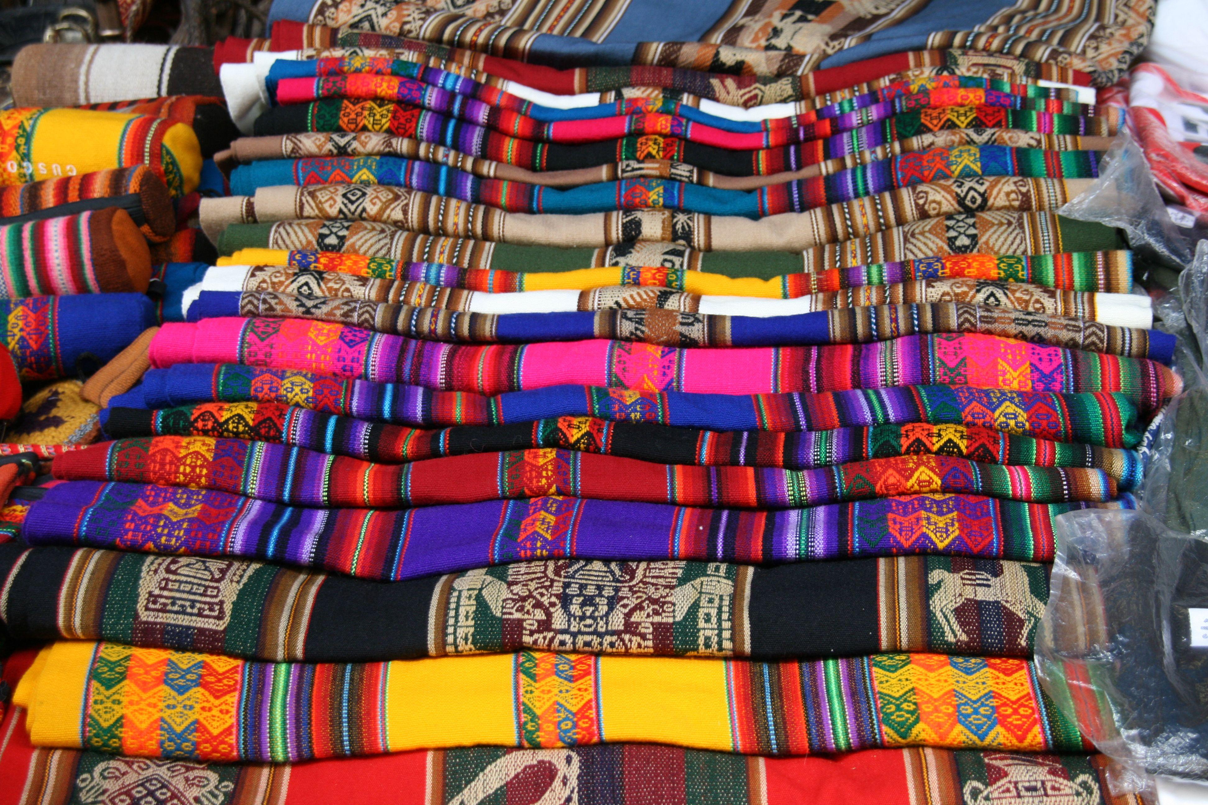 De beroemde kleurrijke markt van Pisaq. Foto: G.J. Koppenaal - 13/2/2011