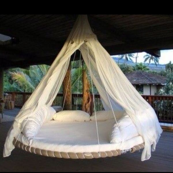 Ok let me say this is the best bed/hammock thing I've ever seen. Its just an old trampoline.