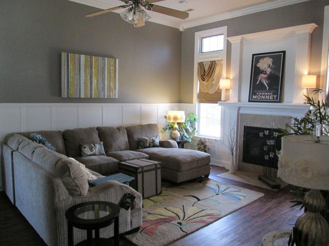 Living Room Wainscoting Board And Batten Or Wainscoting Diy Instructions Very Easy To