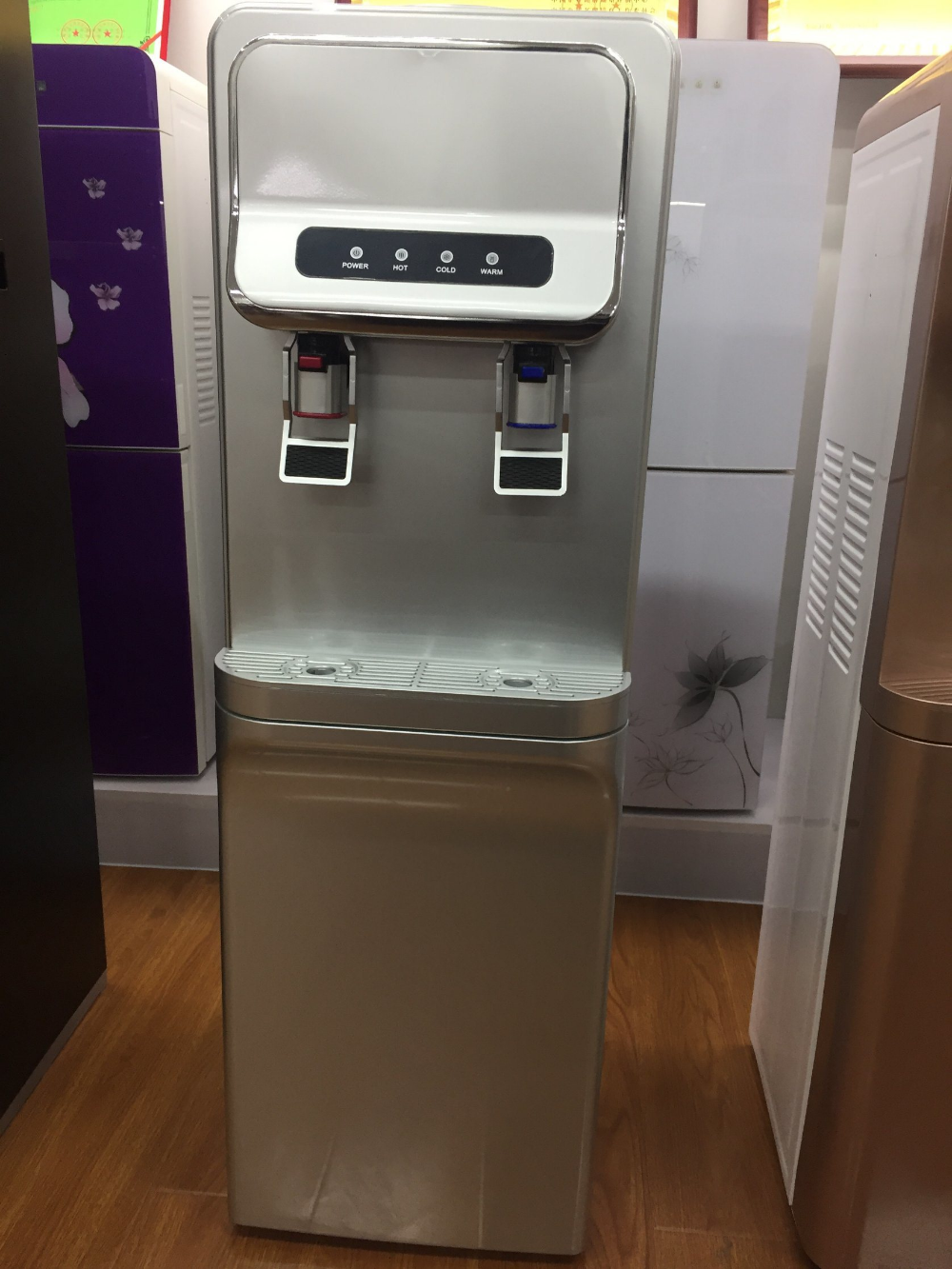 Hot Item China Vertical New Design Hot And Cold Magic Water Dispenser Water Dispenser Water Coolers Design