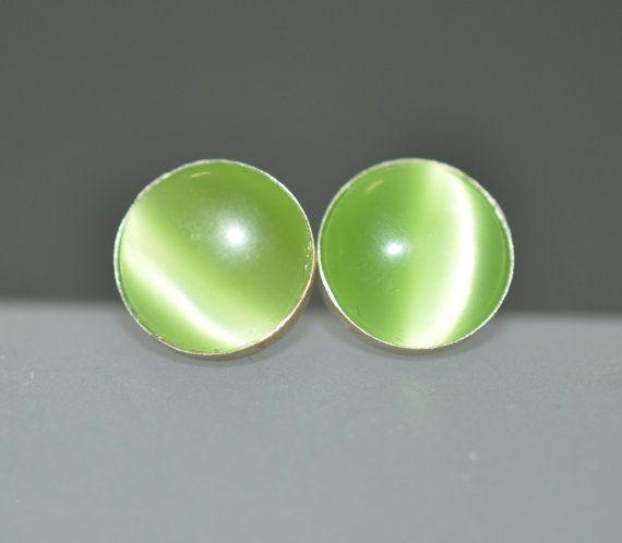 Post earrings Stud earrings Green cat's eye by DesignbyMarlana