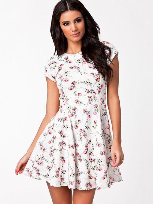 Hvide Blomstret Oneness kjoler - ModeJagten